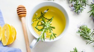 10 Amazing Benefits of Rosemary Tea