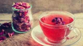 8 Surprising Benefits of Rose Tea
