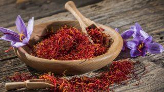 11 Amazing Benefits of Saffron