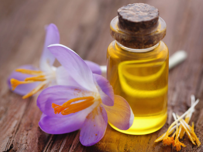 8 Best Benefits Of Saffron Oil Organic Facts