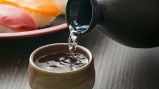 12 Amazing Benefits of Sake