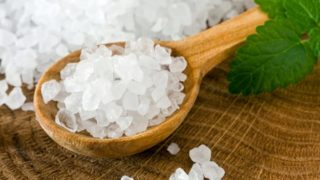 19 Amazing Benefits of Sea Salt