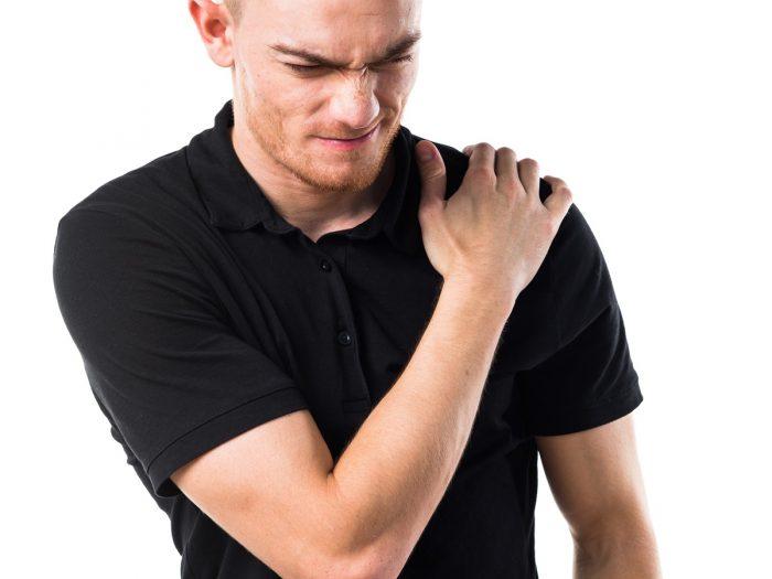 الكتف المتجمد : الأسباب والأعراض والعلاج