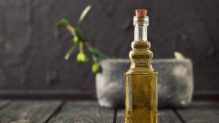 8 Surprising Benefits of Snake Oil