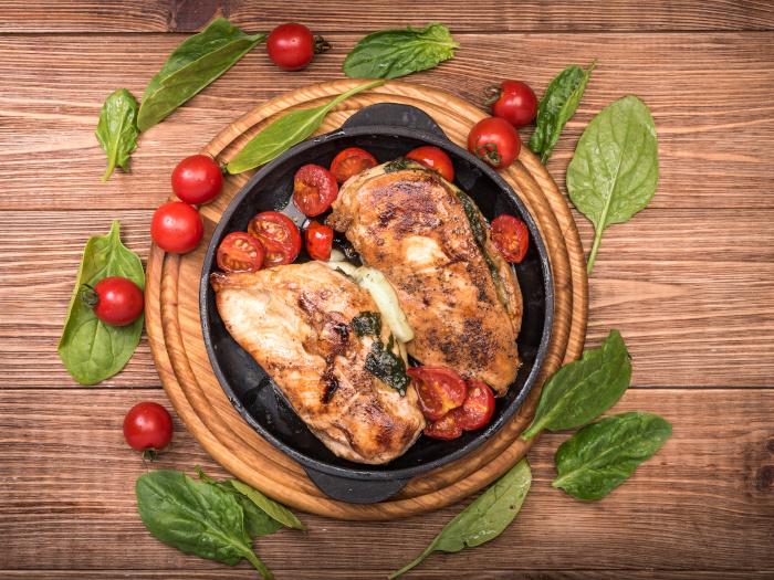Keto-Friendly Spinach Stuffed Chicken