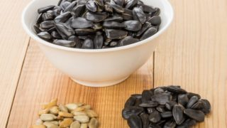 12 Amazing Benefits of Sunflower Seeds