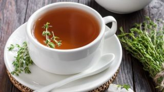 8 Incredible Benefits of Thyme Tea