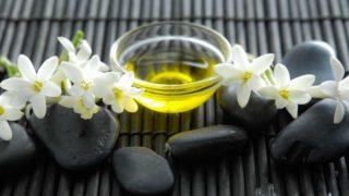 5 Best Benefits of Tuberose Essential Oil