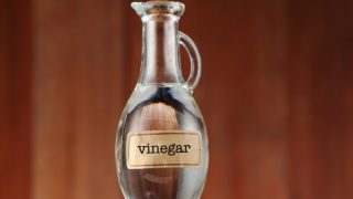 19 Impressive Benefits of Vinegar