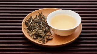 10 Amazing Benefits of White Tea