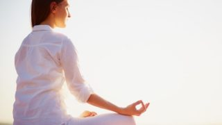 What is Hot Yoga & Its Benefits